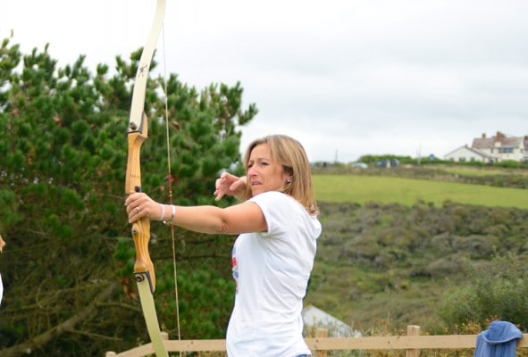 Arrow release from a woman archer