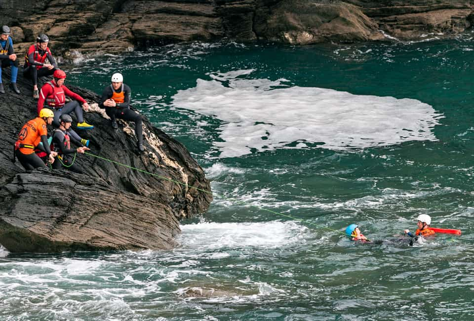 outdoor instructor training in coasteering rescue techniques