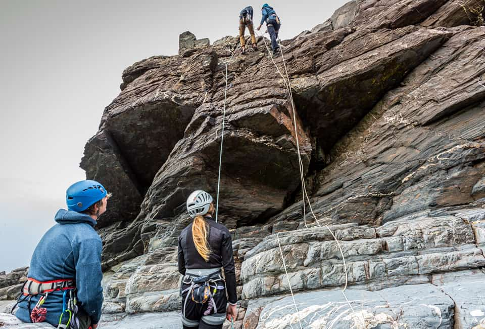 outdoor instructor course rock climbing in Cornwall