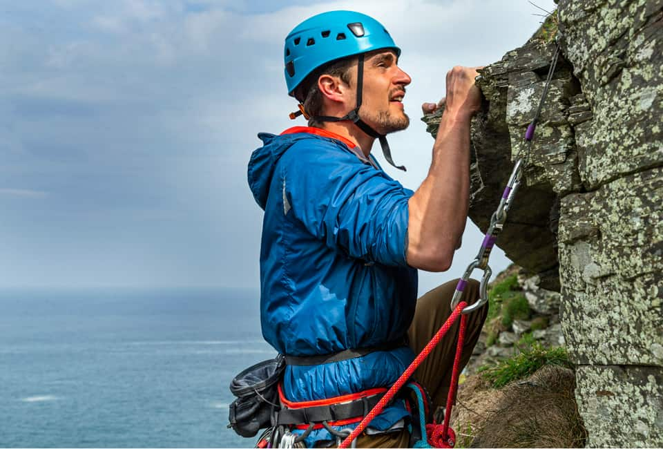 outdoor instructor course member lead climbing